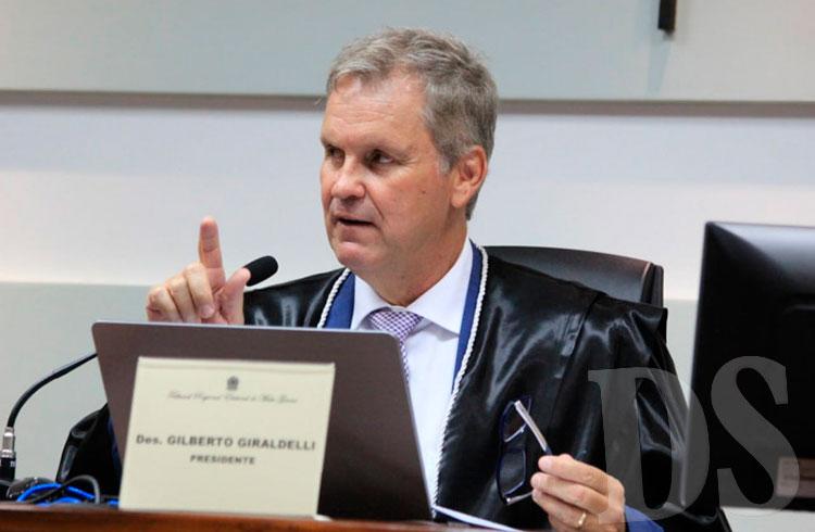 Desembargador Gilberto Giraldelli, presidente do TRE-MT